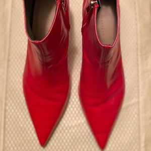 🔥Zara Trafaluc Red PointyToe Ankle Booties size10